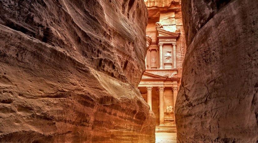 Guida-di-Petra-in-Giordania-la-città-perduta